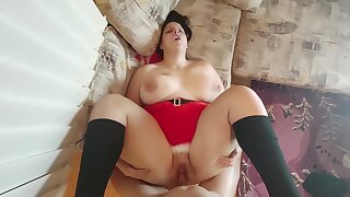 Fair game White With Big Ass And Tits Tries Her New Toys For Christmas And Cum On Santas Bushwa
