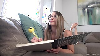 Boss puts his large dick in wet cunt of skinny secretary Hanna Paige