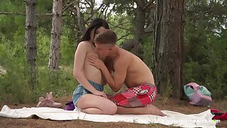 Sex in hammer away forest be beneficial to a shy looking Russian teen